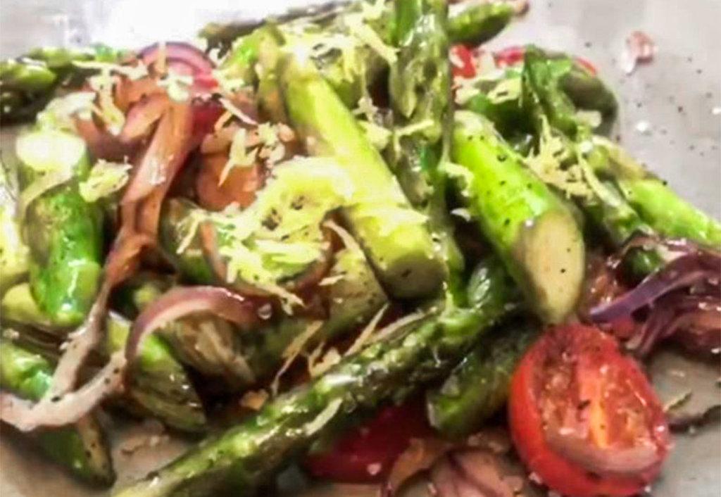 Spargel gratiniert in Parmesan von Steffen Henssler kochen